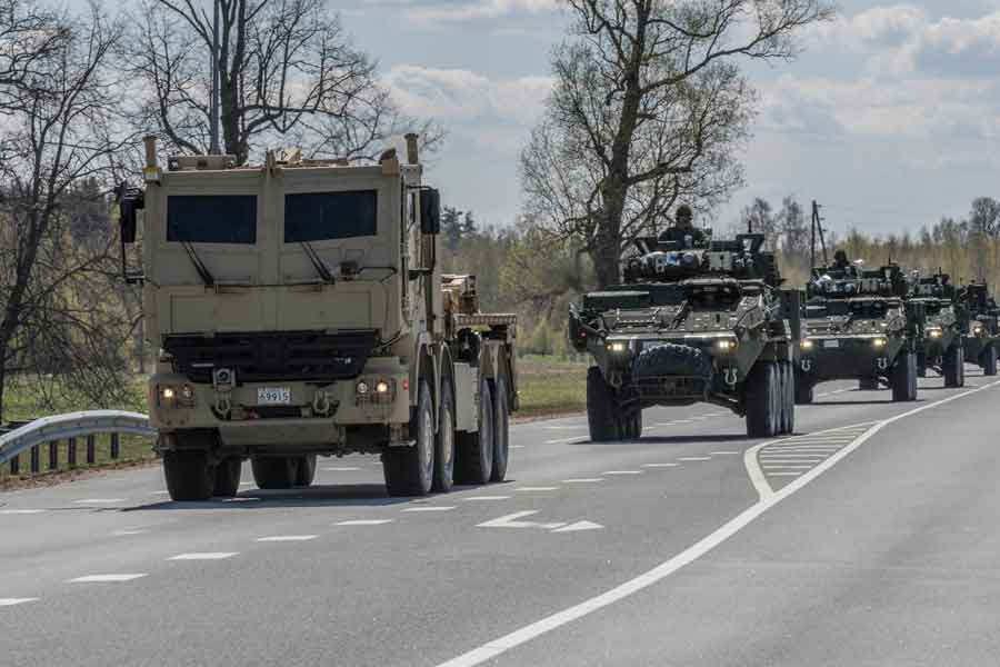 Canadian-heavy-support-vehicles-Latvia