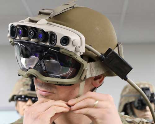 Hololens-augmented-reality-headset-US-army