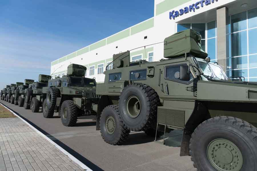 Kazakhstan-armoured-vehicles-tran
