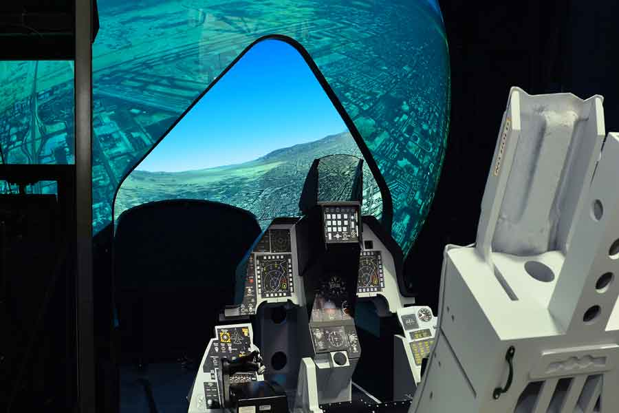 Rockwell-Collins-Griffin-rear-projected-dome-for-F-16 training