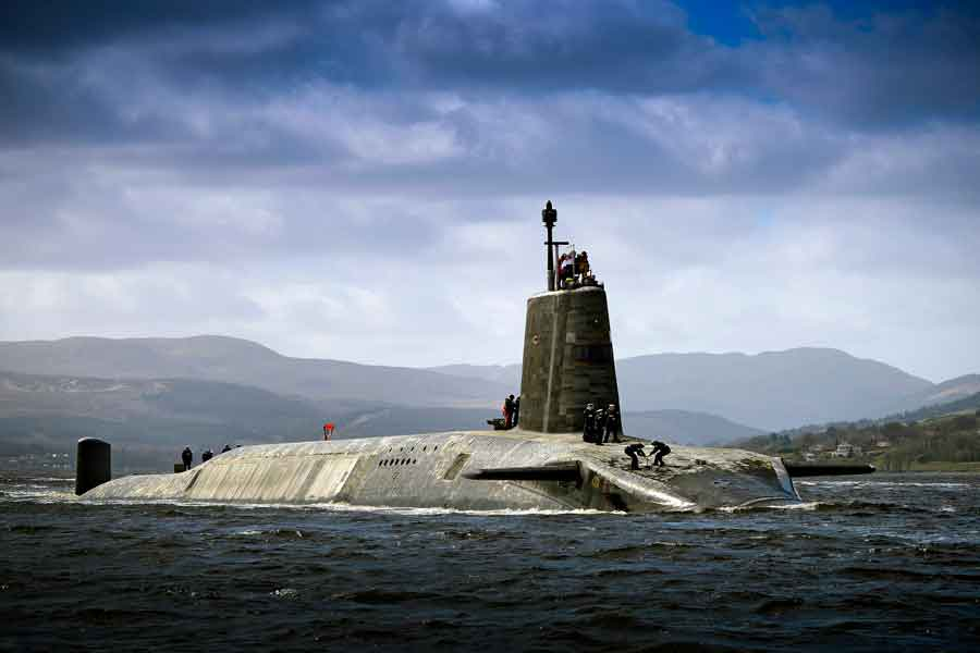 Royal_Navy_submarine